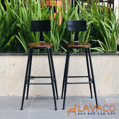 Ghế bar chân sắt mặt gỗ ngoài trời