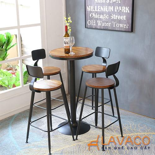Ghế bar chân sắt mặt gỗ ngoài trời giá rẻ - Mã 438 - Lavaco - Hình ảnh