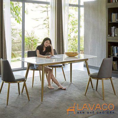 Bộ bàn ăn mặt đá 4 ghế bọc nệm da
