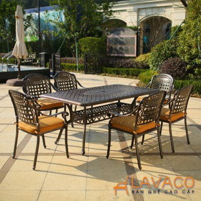 Bộ bàn ghế sân vườn biệt thự