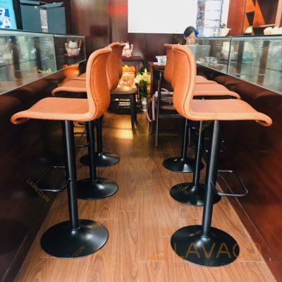 Những mẫu ghế quầy bar được yêu thích nhất năm 2022