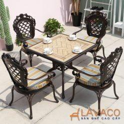 Bộ bàn ghế sân vườn phong cách cổ điển